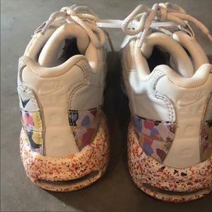 Nike Shoes - Nike AirMax 95 Confetti